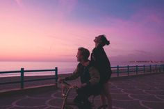 Couple, sky, and sunset image Cute Couples Goals, Couple Goals, Shooting Couple, Sunset Images, The Love Club, All The Bright Places, Ulzzang Couple, Couple Aesthetic, Young Love