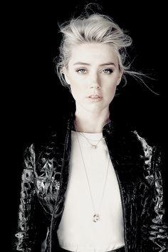Daily Amber Heard : Photo