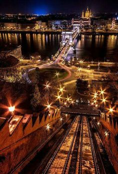 Night view over Danube - Széchenyi Chain Bridge, Budapest, Hungary Beautiful Places In The World, What A Wonderful World, Places Around The World, Around The Worlds, Places To Travel, Places To See, Budapest Hungary, Night Photography, Wonders Of The World