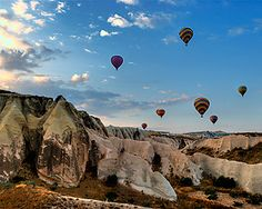 hot air balloons in Istanbul