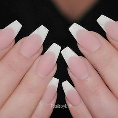 New gel manicure matte french tips 65 ideas Lampe Uv Led, Gel Nails At Home, Vernis Semi Permanent, French Tip Nails, French Acrylic Nails, Trendy Nail Art, Oval Nails, Super Nails, Artificial Nails