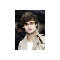 Company's 50 Hottest Bachelors in the UK 2011 ❤ liked on Polyvore featuring douglas booth, people, boys and guys