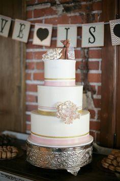 Photography: Alders Photography - aldersphotography.com  Read More: http://www.stylemepretty.com/california-weddings/2015/03/22/urban-la-wedding-with-a-romantic-twist-at-the-carondelet-house/