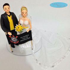 ❤️💛 #topodebolopersonalizado 💛❤️ #corinthians #eununcavouteabandonarcorinthians #eununcavouteabandonar #corinthiansmeuamor #love #weddingdream #weddingcaketopper #weddingcake #topodebolo #noivinhospersonalizados #buqueamarelo #vestidodenoiva #noivas #noivos #noiva #casamento #casacomigo #casamentos #caraarteembiscuit 👉🏻💌 orçamentos: caraarteembiscuit@yahoo.com.br, ou mensagem inbox na página https://facebook.com/caraarteembiscuit