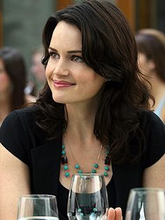 """Carla Gugino as Amanda Daniels in """"Entourage"""" Carla Gugino Movies, Hollywood Actresses, Actors & Actresses, How To Style Bangs, Celebrity Beauty, Kate Winslet, Famous Women, Most Beautiful Women, Beautiful People"""