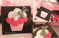 Cute felt cupcake purse idea.