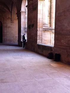 El claustro del Seminario Mayor, es hermoso lugar para disfrutar de la lluvia en Santiago de Compostela.