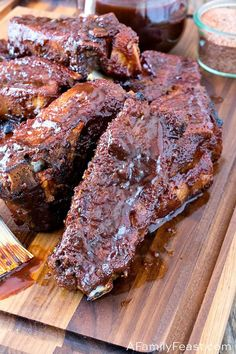 Oven Baked Country-Style Ribs - A Family Feast® Beef Ribs In Oven, Ribs Recipe Oven, Bbq Pork Ribs, Boneless Ribs, Baked Country Style Ribs, Country Ribs Recipe, Barbecue Sides, Barbecue Side Dishes, Rib Recipes