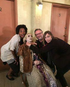 Vera Farmiga chokes a dummy of her character, Norma, on Bates Motel Emma Decody, Emma Swan, Dylan Massett, Norman, Freddie Highmore Bates Motel, Sleepy Hollow Tv Series, Norma Bates, Andy Garcia, Vera Farmiga