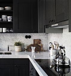 Bedroom Inspo Grey Black And White Ideas For 2019 Home Interior, Kitchen Interior, Interior Design Living Room, Interior Modern, Design Kitchen, Kitchen Ideas, Grey Kitchens, Home Kitchens, Bedroom Inspo Grey