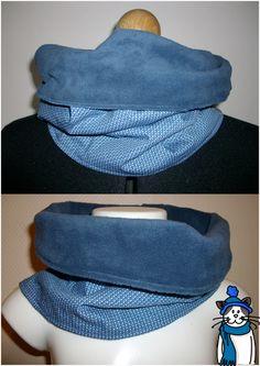 Duo de snood (tour de cou, écharpe infinie...). - Un pour adulte (celui du haut sur la photo), en un seul haut tour (mesures sur demande), dans un joli tissu bleu à motifs losanges bleus et blancs et dans un polaire très doux. Peut se porter complètement relevé ou replié comme sur la photo. - Un pour enfant (3/6ans environ), en un seul tour également, dans les mêmes tissus, s'enfile très facilement.