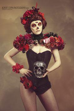 Los Dias de los Muertos, Floral Costume | Photography & Editing: Robert Coppa @ 2011, All Rigths Reserved. Makeup: Kirsten Pawlicki, Wardrobe & Styling: Kirstin Pawlicki & Şeker Pare, Model: Şeker Pare