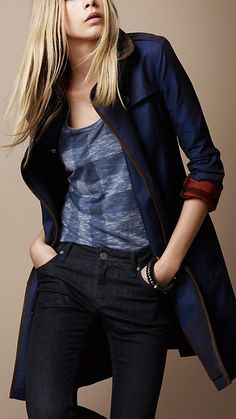 New Trench Coat from Burberry ... For Women!