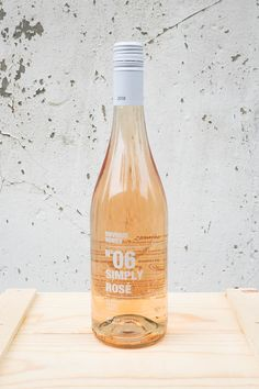 De 35 bedste billeder fra Winebottle design i 2020