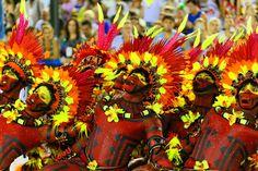 Carnaval de Rio de Janeiro 2015: Salgueiro,  entre ruée vers l'or et cuisine du Minas Gerais -  #ameriquedusud #Brésil #cariocas #carnaval #cidademaravilhosa #defilé #reportagebresil #reportageriodejaneiro #riodejaneiro #samba #sambodromo