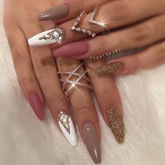 "8,118 Likes, 71 Comments - Riya's Nails  (@riyathai87) on Instagram: ""For the lovely  the gorgeous ring @almaas_jewels ✨#riyasnailsalon #hairandnailfashion…"""