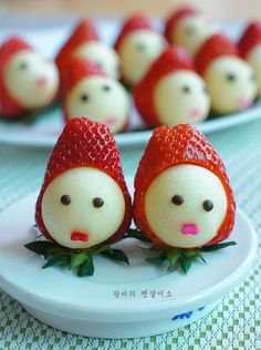 Bento, Food Art, Sushi, Strawberry, Food And Drink, Japanese, Cookies, Breakfast, Cake