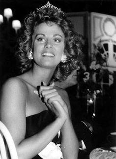 Miss America 1988 - Kaye Lani Rae Rafko (MI)