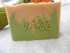 Jabón de Coco, para el enlace de David y María