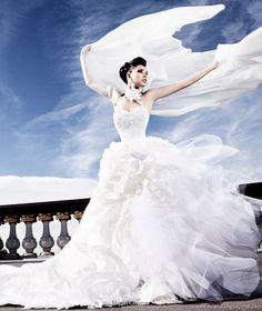 Hayari Couture paris bridal collection - beautiful wedding gown photo shoot