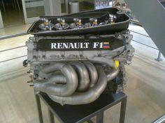 Renault RS08 V10 F1 engine