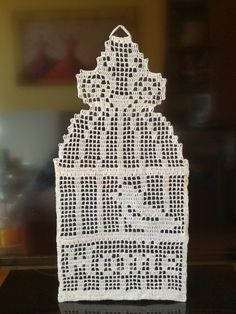Crochet Shoes Pattern, Crochet Square Patterns, Christmas Crochet Patterns, Holiday Crochet, Crochet Blanket Patterns, Crochet Borders, Crochet Wall Hangings, Crochet Curtains, Crochet Tablecloth