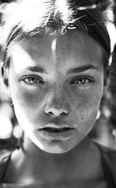 Woman portrait, freckles Black and white photography Pretty People, Beautiful People, Beautiful Things, Portraits, No Photoshop, Portrait Inspiration, Female Portrait, Woman Portrait, Woman Face