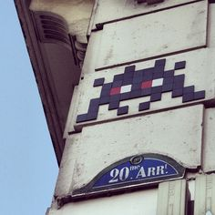 space invader in XX arrondissement