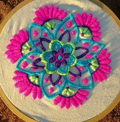 Mandalas mejicanos: Mandalas bordados mexicanos Couture Embroidery, Shirt Embroidery, Vintage Embroidery, Embroidery Thread, Mexican Embroidery, Beaded Embroidery, Hand Embroidery Patterns, Machine Embroidery, Embroidery Designs