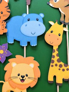 Jungle animals cupcake toppers, zoo animals toppers, wild an Baby Shower Cupcakes, Baby Shower Themes, Birthday Cupcakes, Animal Crafts For Kids, Art For Kids, Cupcake Toppers, Baby Activity, Jungle Theme, Jungle Gym