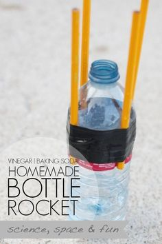 Family Science Fun A Homemade Bottle Rocket Spaceships and Laser Concept Of Diy Science Projects Science Montessori, Preschool Science, Teaching Science, Science Activities, Space Activities, Science Classroom, Science Ideas, Cool Science Experiments, Mad Science
