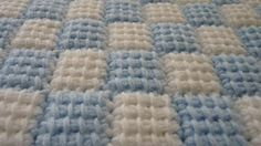 Tunisian Entrelac Baby Blanket - Follow this link for a superb video tutorial by Bethintx1 http://www.youtube.com/watch?v=npSvDgFLU7Q=SP8F0061A863F4F4D1