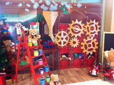 Amazing expensive party plan!  http://www.lesenfantsparty.blogspot.com/2011/12/les-enfants-christmas-parties.html