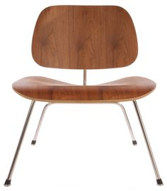 Replica Eames LCM (Lounge Chair Metal) by Charles and Ray Eames - Matt Blatt Charles & Ray Eames, Metal Chairs, Cool Stuff, Lounge, Salon Ideas, Furniture, Meal, Image, Home Decor