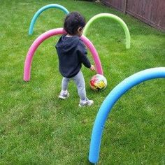 Pool Noodle Obstacle Course- pool noodles is a great way to entertain your kid outdoors. Get creative with your kids and have them kick or throw a ball through the noodles. Or try having them crawl under or jump over the noodles.