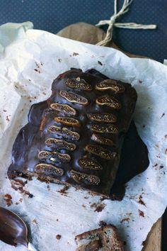 Ciasto do przygotowania w kwadrans.   Skladniki laczymy na zasadzie: mokre w jednym naczyniu, suche w drugim ( podobnie ...