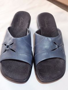 Womens Clarks Navy Blue Leather Slip On Sandals Shoes Size 6.5 Medium Mules #Clarks #Mules #Casual