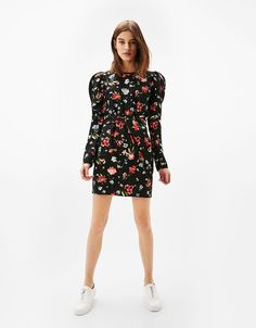 Floral print dress with puffy sleeves - Dresses - Bershka Switzerland