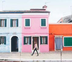 Cutest town ever!!! 😍😱 . . . . . . #turismo #dametraveler #vivo_italia #top_italia_photo #venezia #venice #beautifulmatters #darlingescapes #yallersitalia #IamATraveler #wonderful_places #thetravelwomen  #BBCtravel #backpackerlife #natgeotravel #viajeros #bestdiscovery #luxurytravel #nakedplanet #femmetravel #beautifuldestinations #travelblog #ig_italy #travelgram #doyoutravel #travelphotgraphy #girlslovetravel #globetrotter #globelletravel #TakeMeBackpacking by (nuriavidal7)…