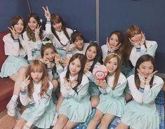 "160304 (WJSN) 우주소녀와 함께 금요일 마무리! 👍 내일도 함께 해주실거죠? 🤗 #내일_드디어_첫팬싸 ✍🏻 #두근두근 😳 #우주스타그램 #우주소녀 #모모모 #MoMoMo #오늘의우주복👭"" Kpop Girl Groups, Korean Girl Groups, Kpop Girls, Yuehua Entertainment, Starship Entertainment, Selfies, Lee Jin, Cute School Uniforms, Kim Hyun"