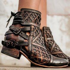 black women s boots uk Sock Shoes, Cute Shoes, Me Too Shoes, Women's Shoes, Ankle Booties, Bootie Boots, Black Booties, Boho Boots, Zapatos Shoes