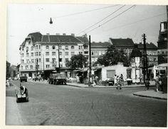 Ilyen is volt Budapest - évek, Teleki László (Teleki) tér Budapest, Entrance, Street View, Entryway, Door Entry, Entrance Hall