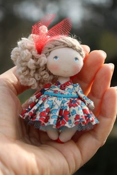 Tiny handmade fabric doll for dollhouse scale original gift for Mother's day Wool Dolls, Knitted Dolls, Felt Dolls, Fabric Dolls, Doll Toys, Tiny Dolls, Soft Sculpture, Amigurumi Doll, Miniature Dolls