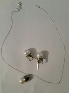 Necklace Earring Set Vintage Pearl Silver Tone by AuntyMyrnesAttic on Etsy