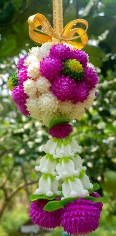 ideas for diy wedding bouquet hydrangea floral arrangements Hydrangea Bouquet Wedding, Diy Wedding Bouquet, Diy Bouquet, Wedding Flower Arrangements, Floral Arrangements, Wedding Dresses, Rustic Bouquet, Rustic Flowers, Diy Flowers