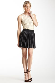 Costa Blanca Pleated Faux Leather Skirt