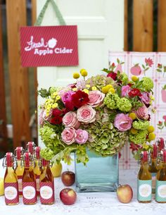 Apple cider wedding favors