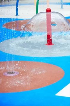 The best splash pad flooring will be non absorbent, slip resistant, fall height rated, anti microbial, and designed to prevent the growth of mold, mildew, and bacteria. It will also be aesthetically pleasing and provide traction - even when wet. It should also be cost effective and made of top notch material that is designed to last and endure lots of playtime, use, and abuse. But most of all, it must be safe. Outdoor Swimming Pool, Swimming Pools, Spray Ground, Pool Mat, Play Pad, Non Slip Flooring, Tiles, Deck, Good Things