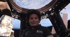 """Cristoforetti dallo spazio: """"Nessun sogno è troppo grande"""" - video"""