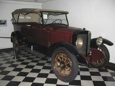 1918 Stanley 735 20hp Serial No: 18122.